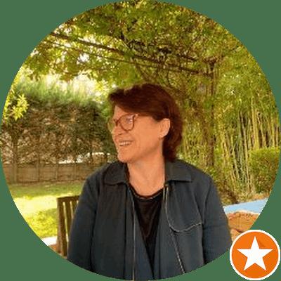 Alexandra H. - Coliving Profile