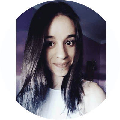 Esther L. - Coliving Profile