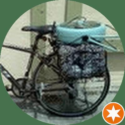 Andrea C. - Coliving Profile