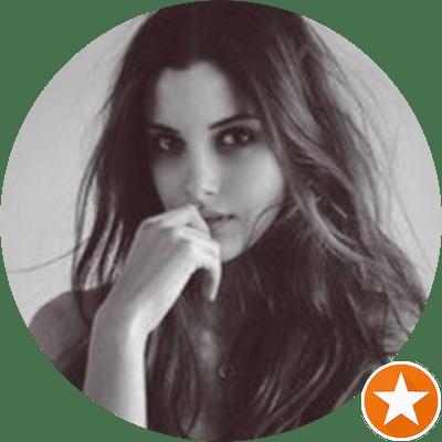 Joanna E. - Coliving Profile