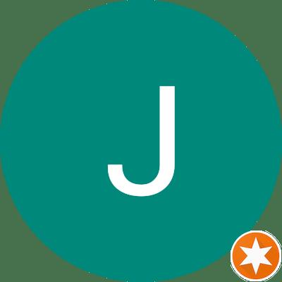 Jelise C - Coliving Profile